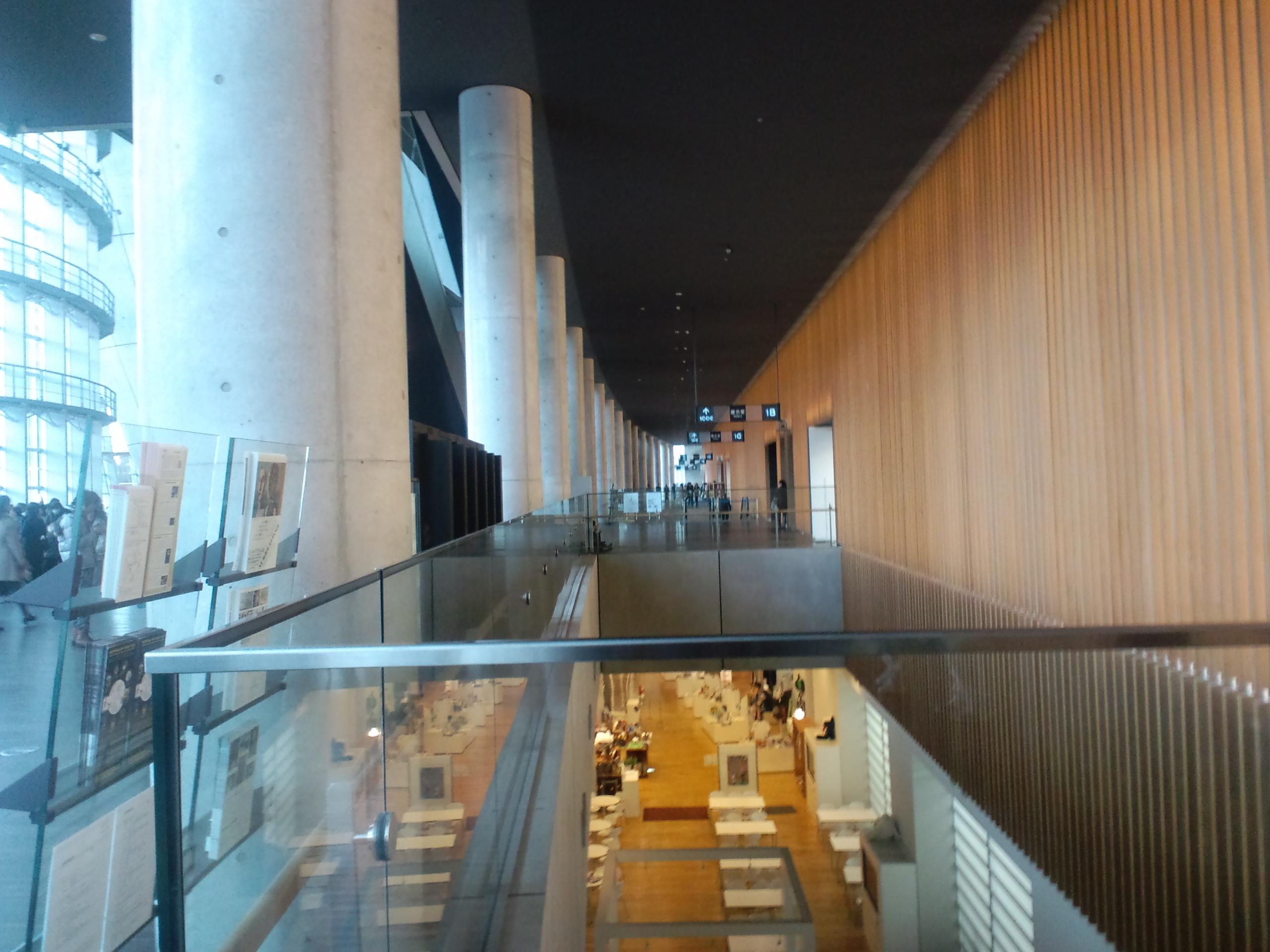 国立新美術館 画像